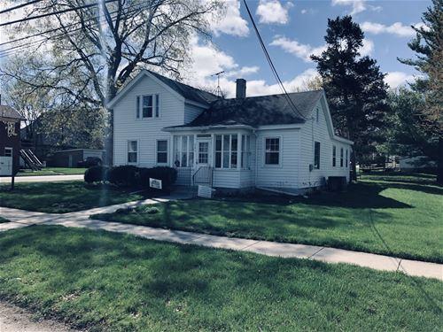 203 W Prairie, Marengo, IL 60152