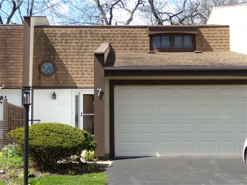 7 Buttonwood, Indian Head Park, IL 60525
