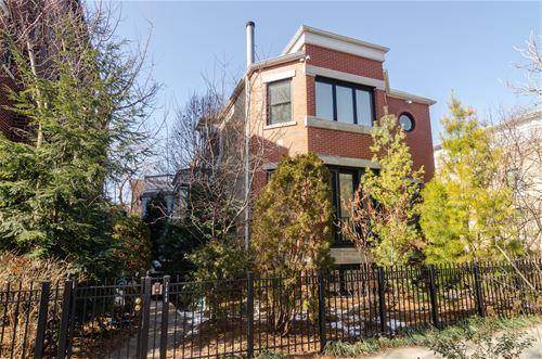 2640 N Bosworth, Chicago, IL 60614
