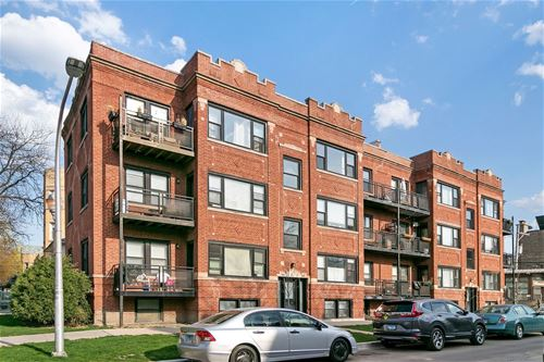 4661 N Spaulding Unit 3, Chicago, IL 60625