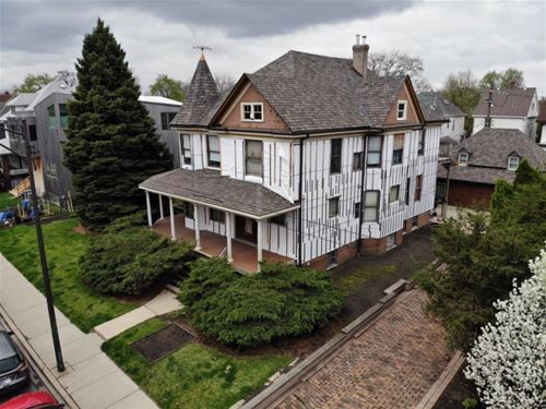 2524 N Kimball, Chicago, IL 60647