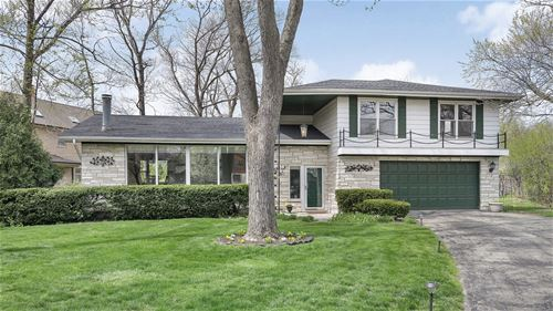 1500 Woodlawn, Glenview, IL 60025