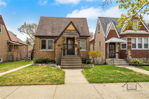 5653 W Wilson, Chicago, IL 60630