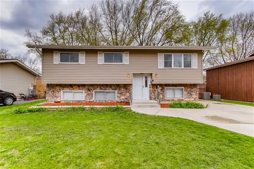152 E Sunset, Lombard, IL 60148