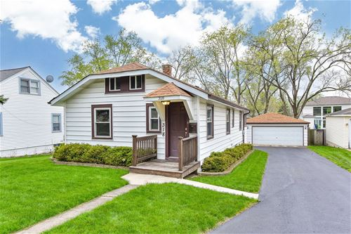 318 S Lincoln, Westmont, IL 60559
