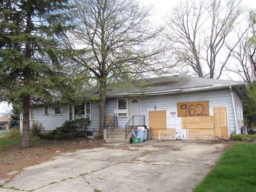 962 Meadowlawn, Downers Grove, IL 60516