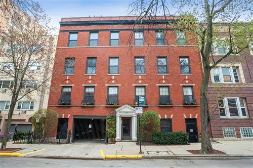 625 W Stratford Unit 2E, Chicago, IL 60657