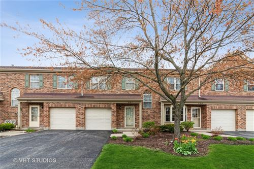 307 Cromwell, Westmont, IL 60559