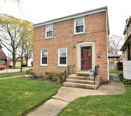 735 Hull, Westchester, IL 60154