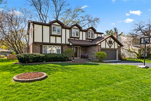 1709 Indian Knoll, Naperville, IL 60565