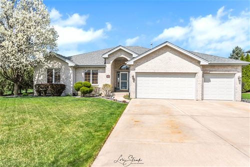 677 Stacey, New Lenox, IL 60451