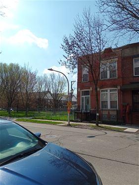 2219 W Adams, Chicago, IL 60612