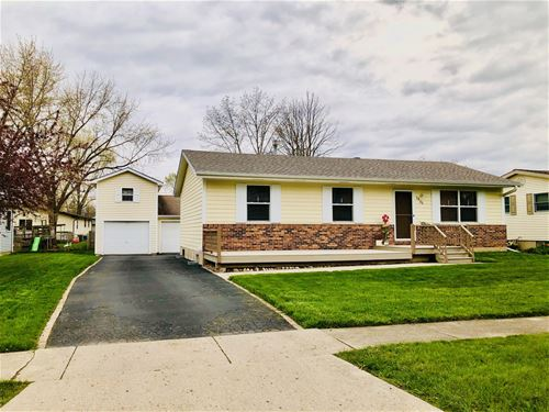 1933 Julie, Woodstock, IL 60098