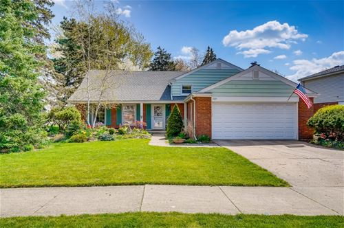 1723 S Chesterfield, Arlington Heights, IL 60005
