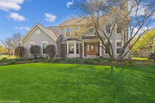 1711 White Oak, Algonquin, IL 60102