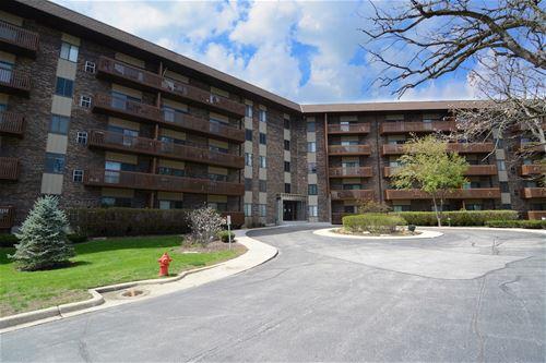 120 Lakeview Unit 503, Bloomingdale, IL 60108