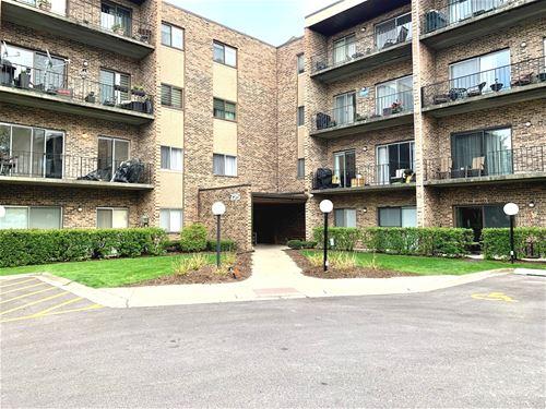 725 W Huntington Commons Unit 218, Mount Prospect, IL 60056