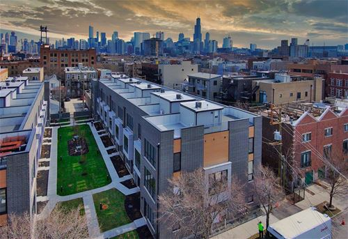 525 N Bishop Unit 12, Chicago, IL 60642