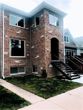 4738 W Byron, Chicago, IL 60641