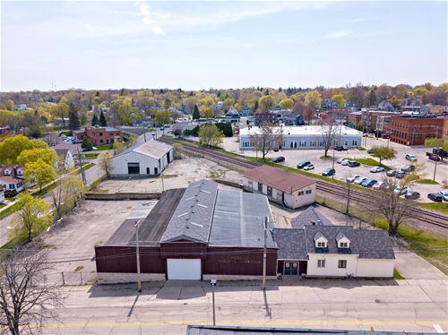 200 E Judd, Woodstock, IL 60098