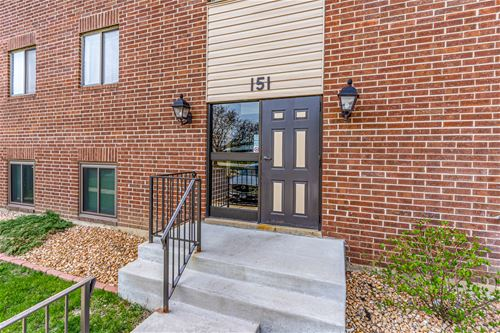 151 E Janata Unit 2B, Lombard, IL 60148