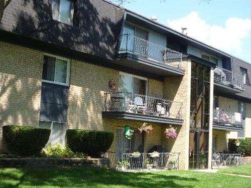 11104 S 84th Unit 2A, Palos Hills, IL 60465