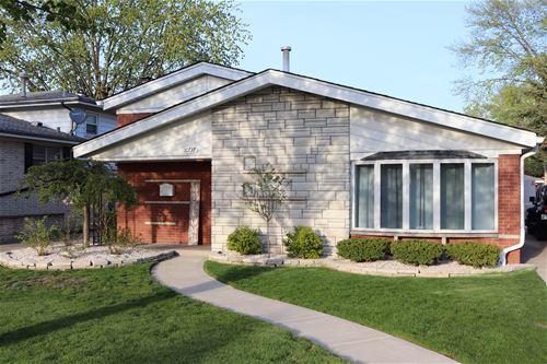 10737 S Kolmar, Oak Lawn, IL 60453