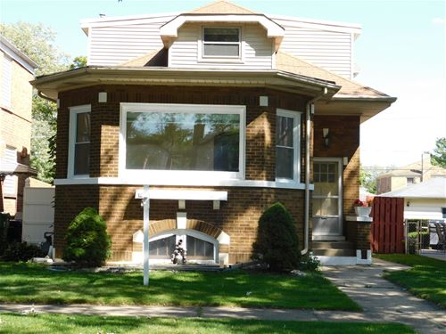 739 Hull, Westchester, IL 60154