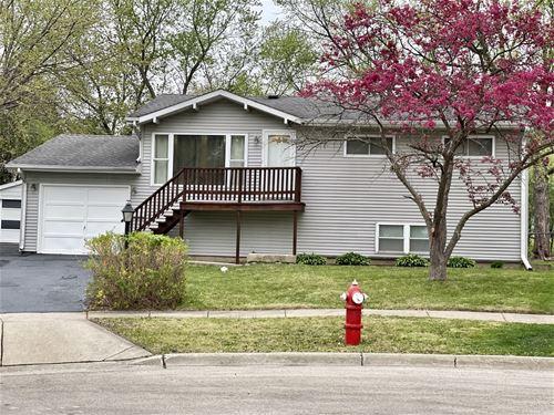 125 Egan, Streamwood, IL 60107