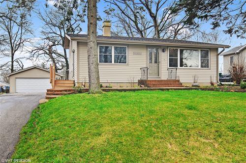 17951 W Big Oaks, Grayslake, IL 60030