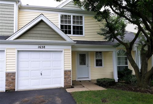 1638 College Green, Elgin, IL 60123