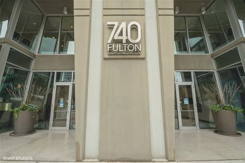 740 W Fulton Unit 1312, Chicago, IL 60661