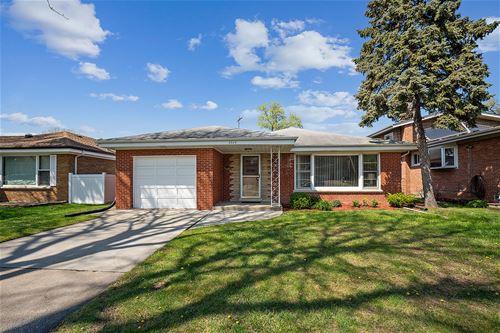 5024 Fairview, Skokie, IL 60077