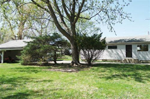 160 Edgewood, Aurora, IL 60505