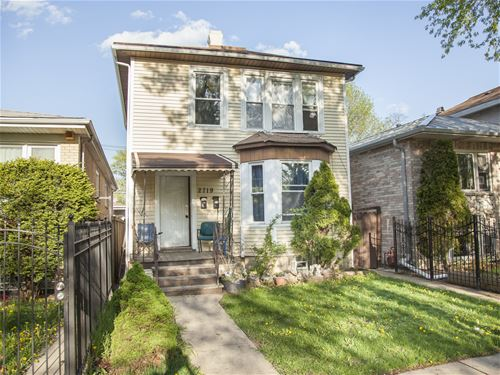 2719 N Avers, Chicago, IL 60647