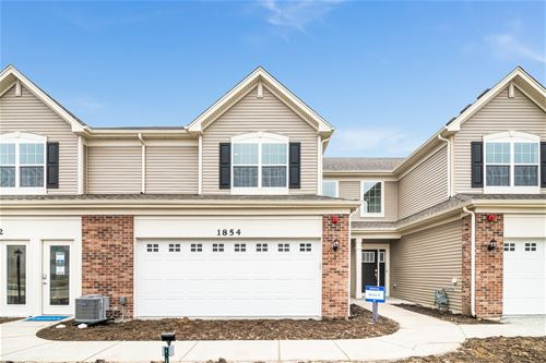 1233 Hawk Hollow, Yorkville, IL 60560