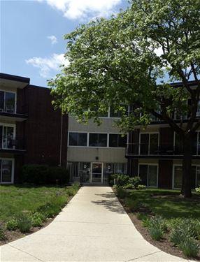 2800 Maple Unit 13B, Downers Grove, IL 60515