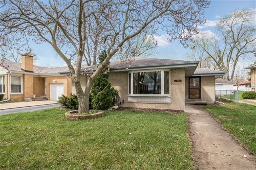 1412 Boeger, Westchester, IL 60154