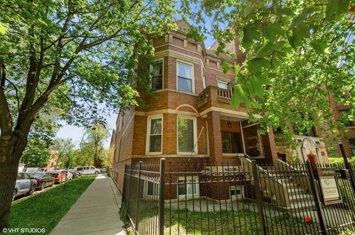 2255 N Spaulding, Chicago, IL 60647