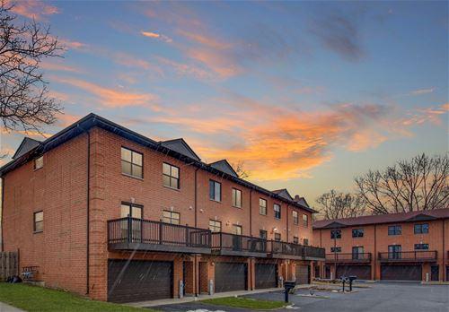 1351 E Central Unit B4, Arlington Heights, IL 60005