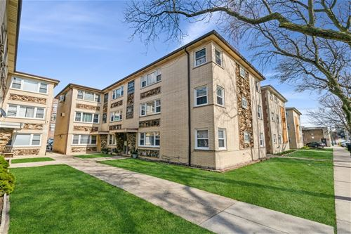 4929 N Lester Unit 201, Chicago, IL 60630
