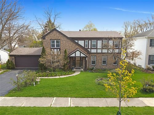 4121 Roslyn, Downers Grove, IL 60515