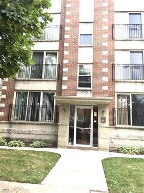 2525 W Farragut Unit 2E, Chicago, IL 60625