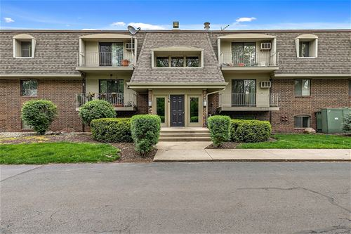 154 E Bailey Unit F, Naperville, IL 60565