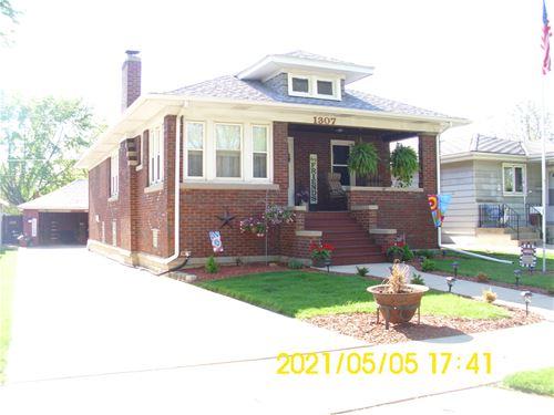 1307 N Raynor, Joliet, IL 60435