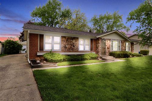 313 Dorchester, Elk Grove Village, IL 60007