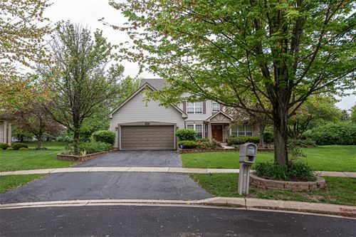 504 Greenview, Oswego, IL 60543
