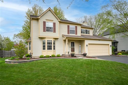 1118 Edington, Carol Stream, IL 60188