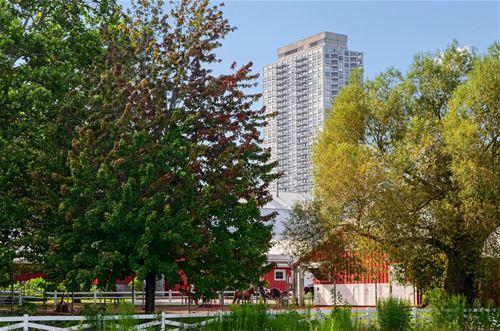 2020 N Lincoln Park West Unit 13D, Chicago, IL 60614