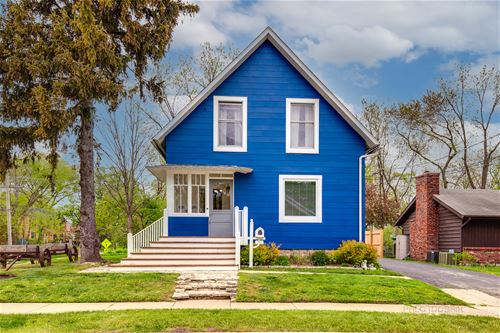 160 Sunnyside, Libertyville, IL 60048
